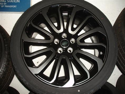 range rover vogue style  alloy wheels tyres dcc