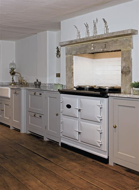 bespoke country kitchens country living kitchens hunt bespoke kitchens interiors 1586