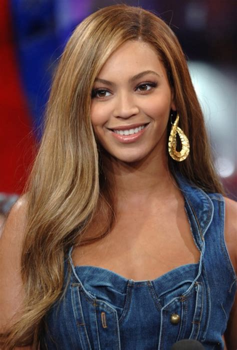 beyonce knowles long straight side part hair style