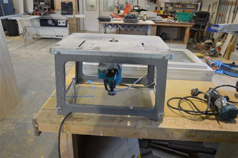 makita   router table  vat   charged
