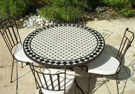 table de cuisine en fer forgé table de cuisine en fer forge kirafes