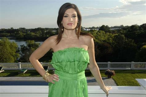 guilfoyle kimberly villency party ny attends residence cocktail taste sunset private file bridgehampton august 2008 sfgate