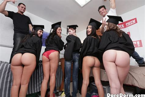 Hot Fucking Party After A Graduation Pichunter