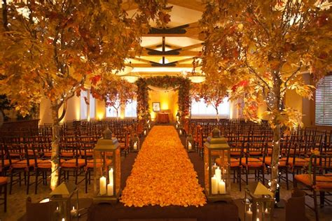 Autumn Wedding Decoration Ideas to Fall For Wedded