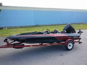 1987 Skeeter Strada Bass Boat