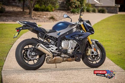 Review Bmw S1000r by Bmw S 1000 R Reviewed