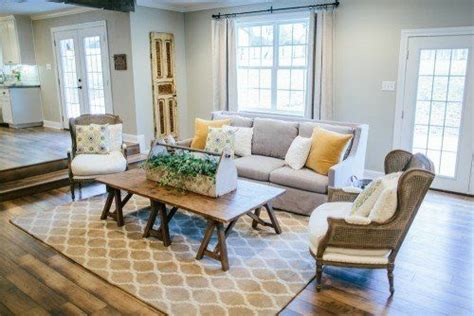 paint colors featured on hgtv show fixer