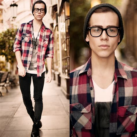 Look Just Like a Hipster Boy with Exclusive Ideas
