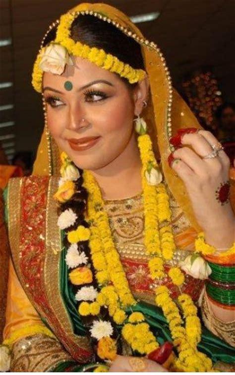 beautiful bangladesh traditional dress  bangladesh