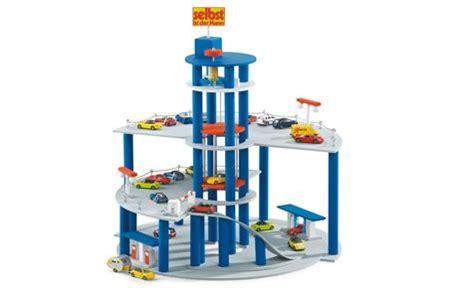 Spielzeug Haus Garage by Diy Tutorial Parking Garage Garage Giocattolo