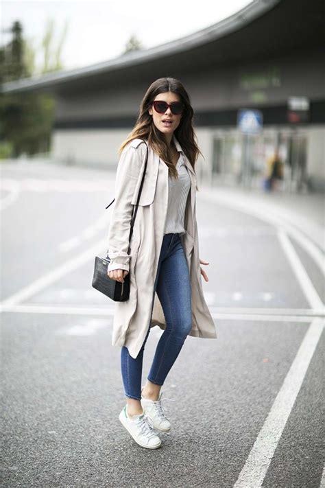Outfit Zapatillas Blancas Mujer