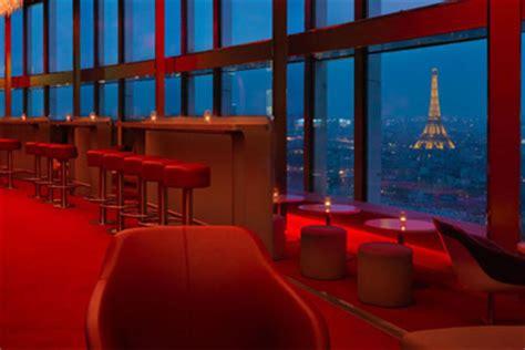 hyatt regency porte maillot bar insolite lounge avec vue panoramique sur tout
