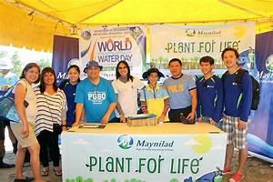 Gma Employees Plant Mangrove Propagules Along Kawit Coastline