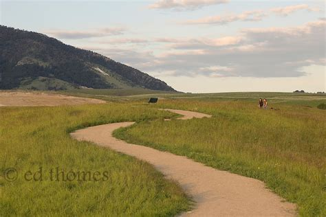 Walking The Trail | Ed Thomes Photography