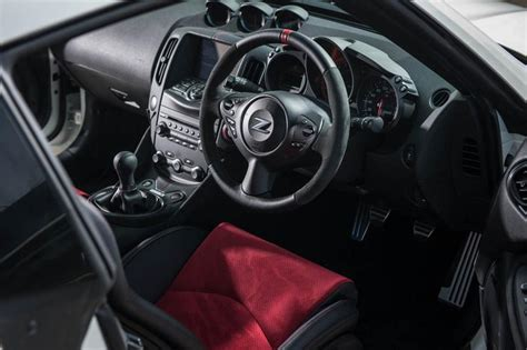 nissan  nismo uk interior car pictures carsmind