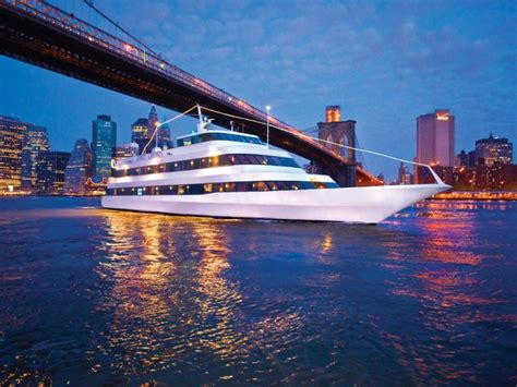 Romantic Dinner Boat Cruise Chicago by Lunch And Dinner Cruises Expertly Chosen Gifts