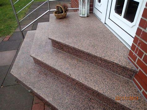 Granit Für Außentreppe by Bauunternehmung Fliesenlegerei Priggetreppen Tritte