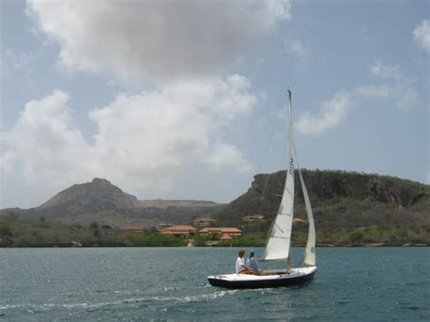 Sailboats For Rent by Pro Sail Curacao Willemstad Alles Wat U Moet Weten