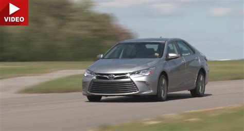 2015 toyota lineup 2015 toyota camry gets thumbs up from consumer reports