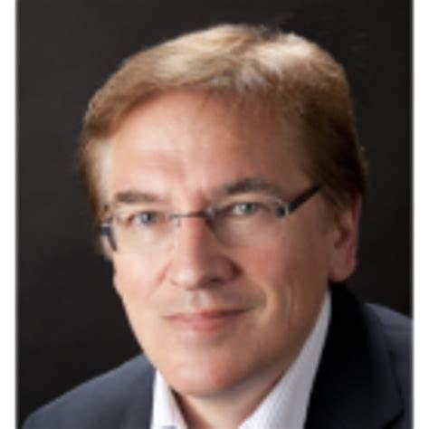 Norbert Gütt  Verkaufsleiter Exterior Compact Resopal