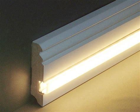 Sockelleisten Mit Led Beleuchtung by Licht Sockelleisten Lichtleisten Leds Led