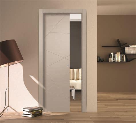 come fare una porta scorrevole amazing la porta scorrevole a scomparsa in legno lv della