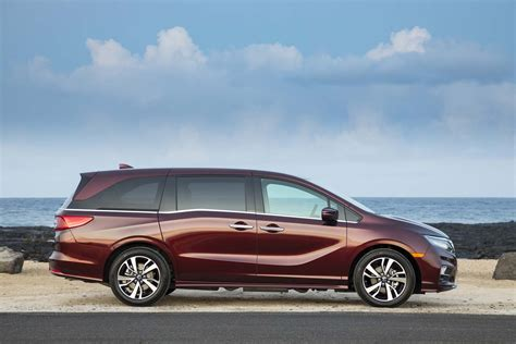 2018 Honda Odyssey Earns Iihs Top Safety Pick+, 5star