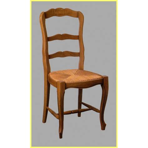 chaises en paille chaise louis xv n 1 en hêtre et paille meubles de normandie