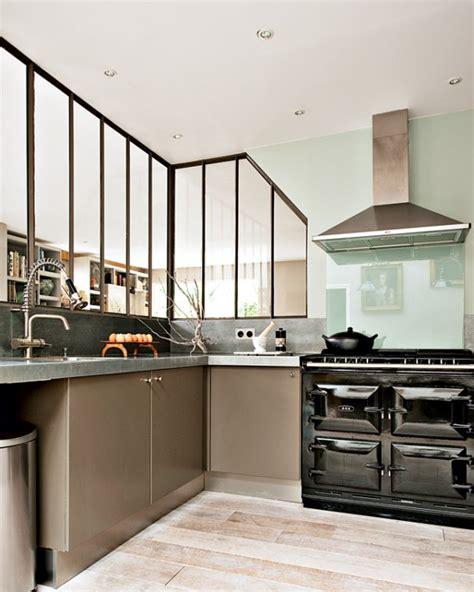 cuisine parisienne un appartement aux airs de maison en banlieue parisienne