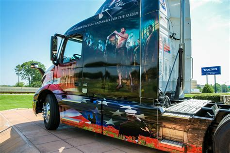 volvos  ride  freedom truck honors