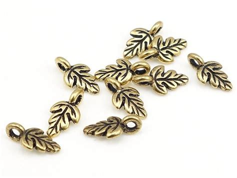 Antique Gold Charms 10mm Oak Leaf Charms By Lythastudios On Etsy Rose Gold Jewelry On Fair Skin John Lewis Vintage Newcastle Upon Tyne Navel Made In Korea Lots For Sale Hudson Ny Lexington Ky