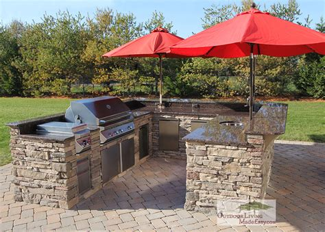 u shaped outdoor kitchen designs custom built outdoor kitchens 2012 huge u shape kitchen with backsplash and built in umbrellas
