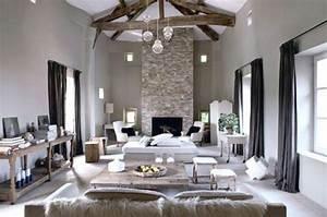 decoration couloir gris et blanc modern aatl With quelle couleur associe avec du gris clair