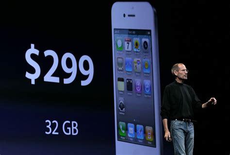 steve jobs   apple announces  iphone