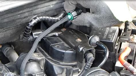 como reemplazar el filtro de gasoil  ventilado en  ford