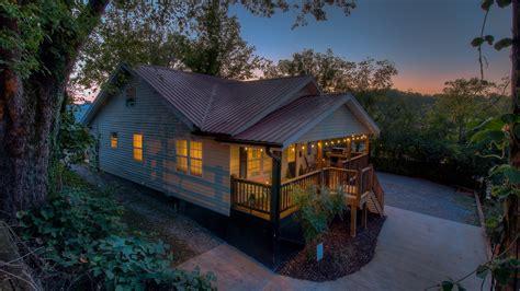 cabin rentals in ga downtown blue ridge ga lodging accommodations