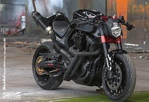 Mt 09 A2 : racing caf yamaha mt 01 black bull by boso san motorradtechnik ~ Medecine-chirurgie-esthetiques.com Avis de Voitures