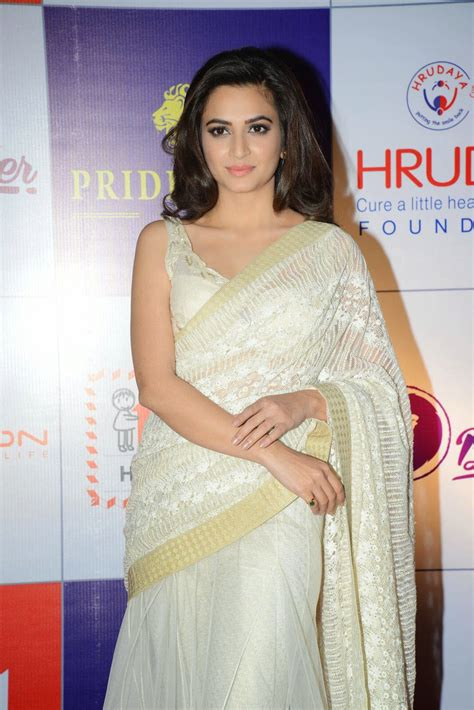 kriti kharbanda gallery cinepunch in kriti kharbanda gallery cinepunch in