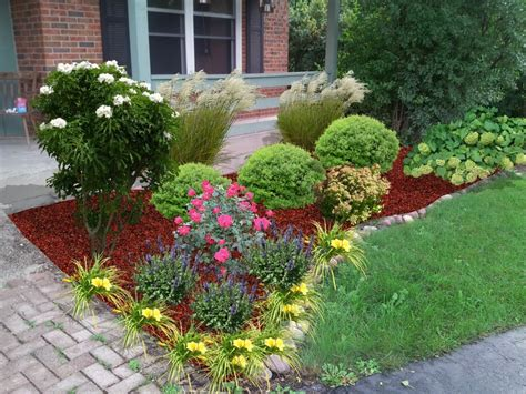 Mequon Lawn And Garden - floral and interior landscaping milwaukee landscaping