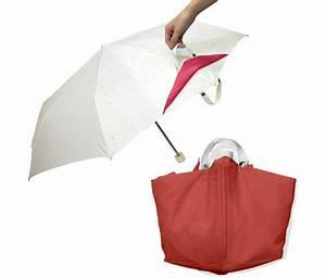 Umbrella Into Bag @ Lushlee