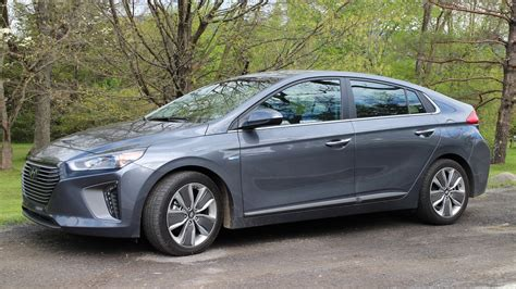 Hybrid Gas Mileage by 2017 Hyundai Ioniq Hybrid Gas Mileage Review
