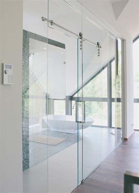 verre pour porte de cuisine porte coulissante suspendue en verre