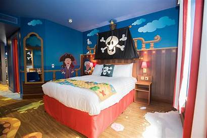 Cbeebies Hotel Land Swashbuckle Rooms Bed Alton