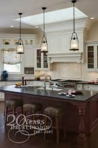 pendant lighting kitchen island 1000 ideas about pendant lighting on kitchen lighting fixtures island lighting