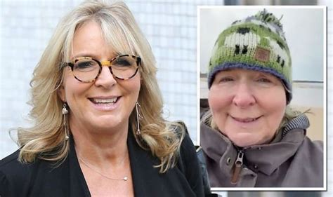 Fern Britton praised for issuing warning after family ...