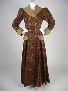 Viktorianischer Stil Kleidung : die besten 25 viktorianischer mantel ideen auf pinterest viktorianische outfits steampunk ~ Watch28wear.com Haus und Dekorationen