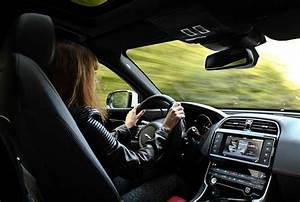 Association Prete Moi Une Voiture : best of des remarques sexistes qu 39 une femme passionn e de voitures entend au quotidien ~ Gottalentnigeria.com Avis de Voitures