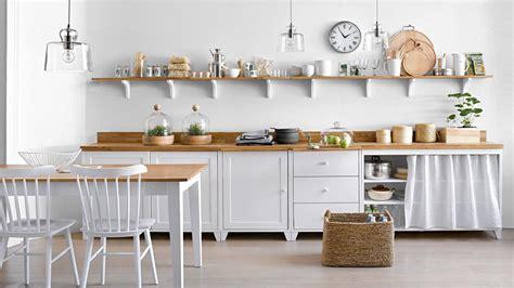 les étagères ouvertes dans la cuisine pour ou contre