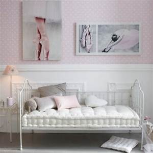 la chambre pour fille glamour et moderne With lit canapé fille