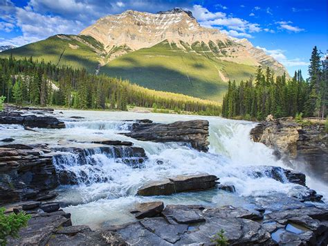 The 10 Most Beautiful Waterfalls In Canada To Visit